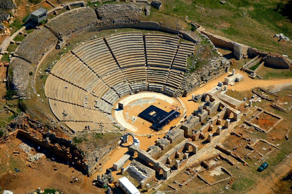Αρχαίο Θέατρο Φιλίππων - φωτογραφία Αχιλλέας Σαββόπουλος