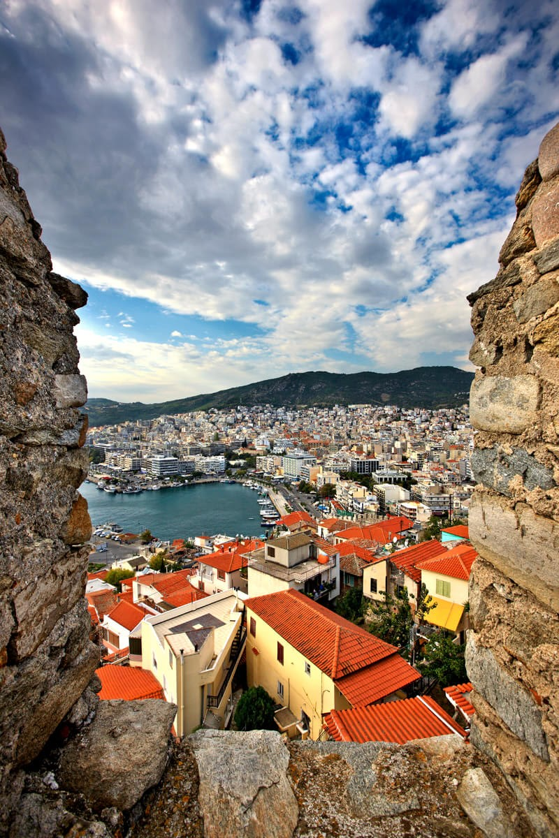 Θέα της πόλης από το φρούριο - φωτογραφία Ηρακλής Μήλας