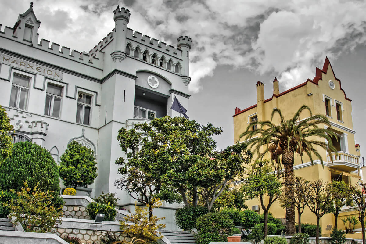 Δημαρχείο Καβάλας και Μέγαρο Wix - φωτογραφία Γιάννης Γιαννέλος