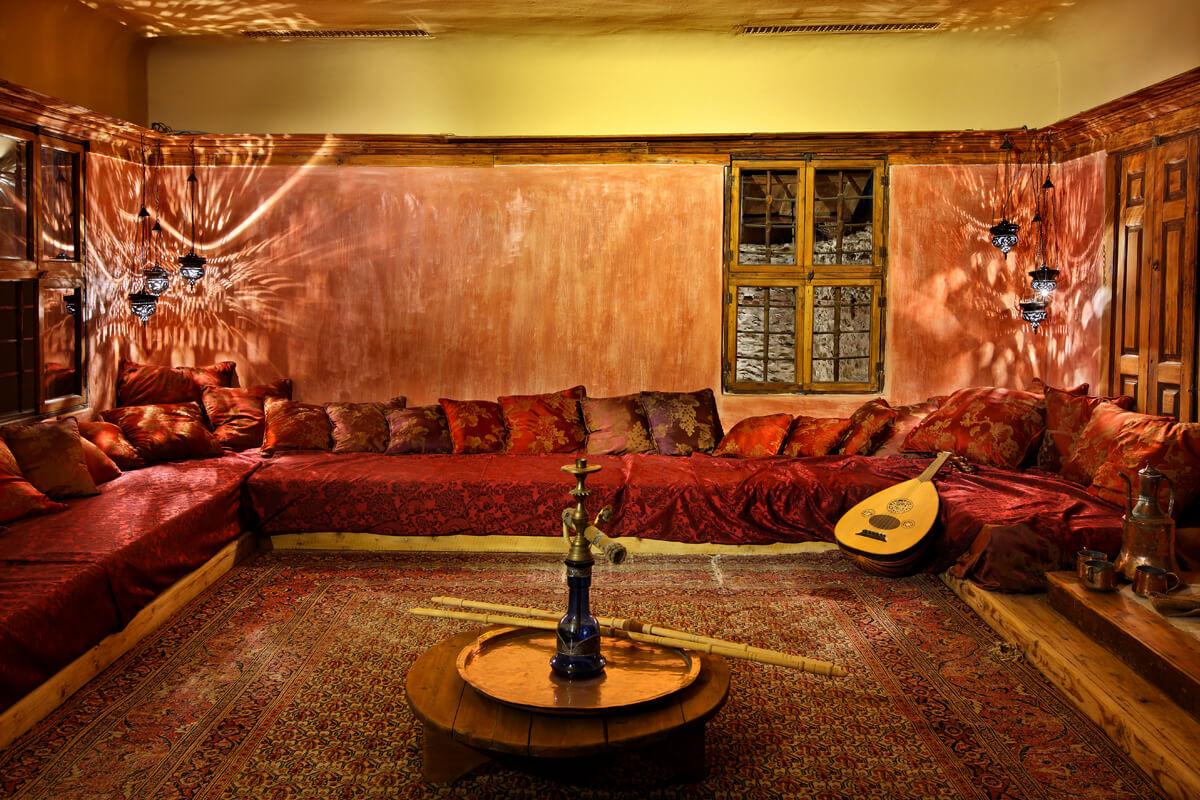 Внутренняя территория Дома Мехмета Али, фотография Ираклиса Миласа