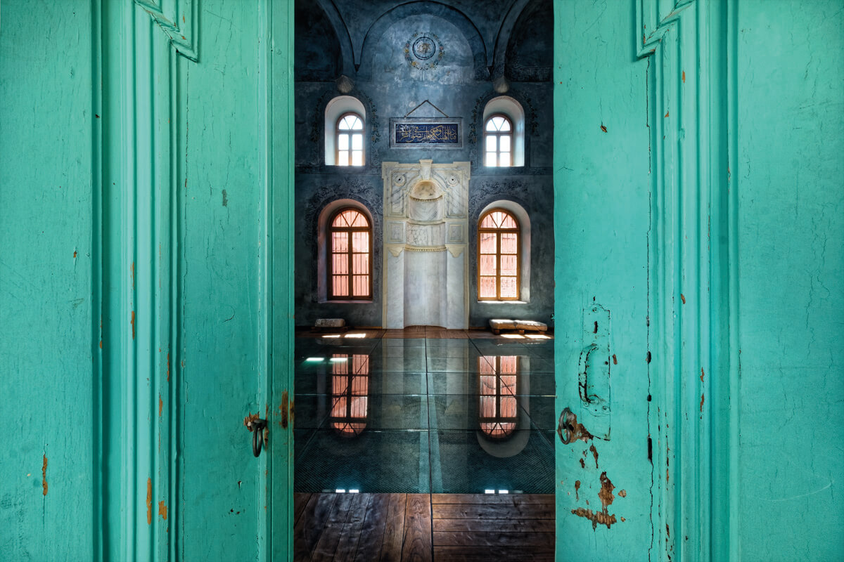 The Old Music ( Halil Bey Mosque ) - Photo by Giannis Giannelos