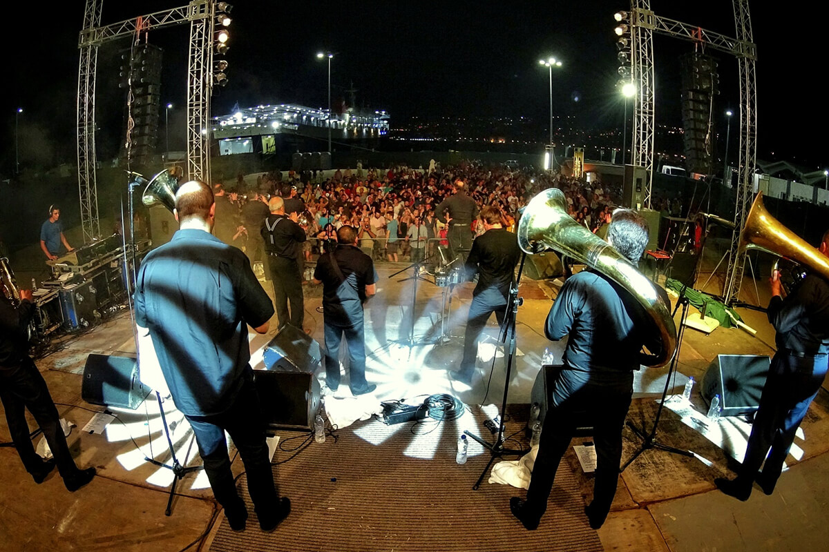 Fanfare Ciocarlia - Photo by Nikol Kon
