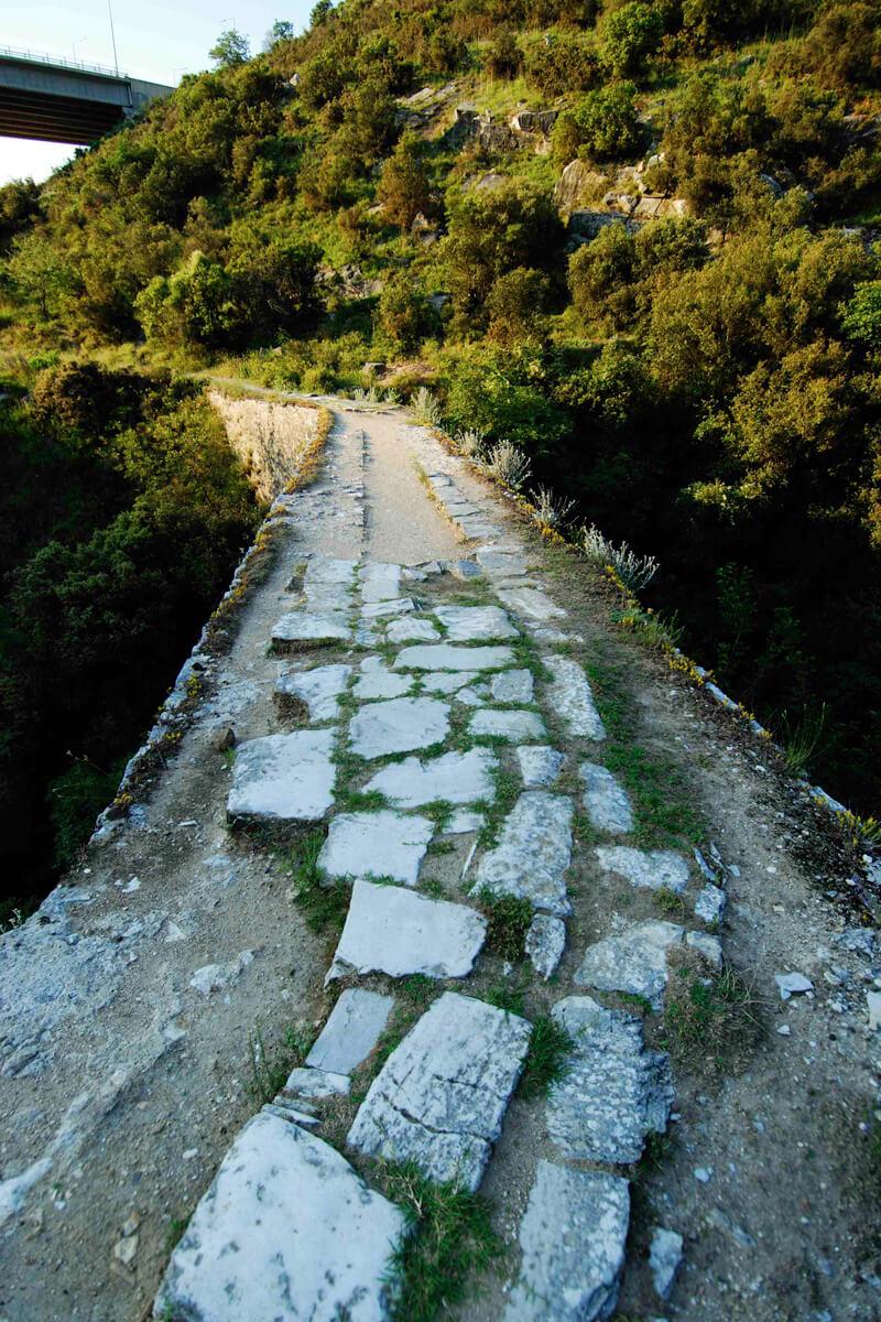 Δρόμος του νερού - Φωτογραφία αρχείο Δημωφέλεια