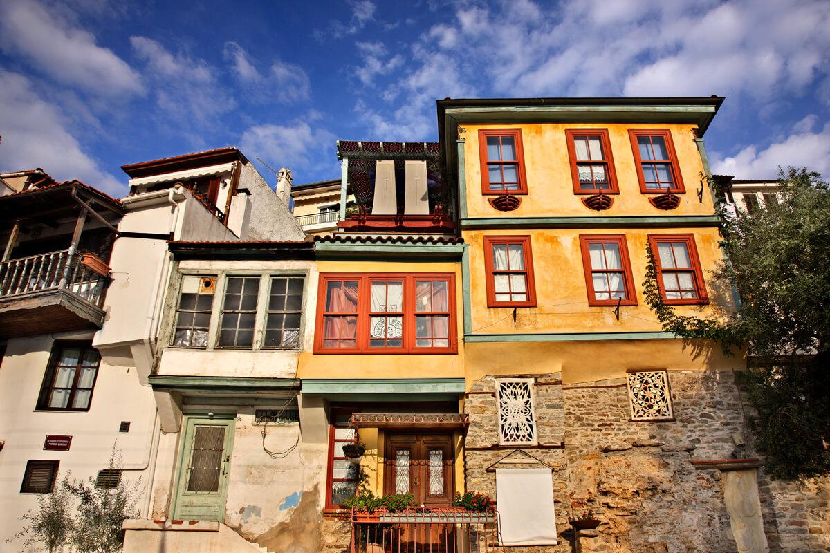 Πρόσοψη σπιτιού στην κεντρική οδό της παλιάς πόλης - Φωτογραφία Ηρακλής Μήλας