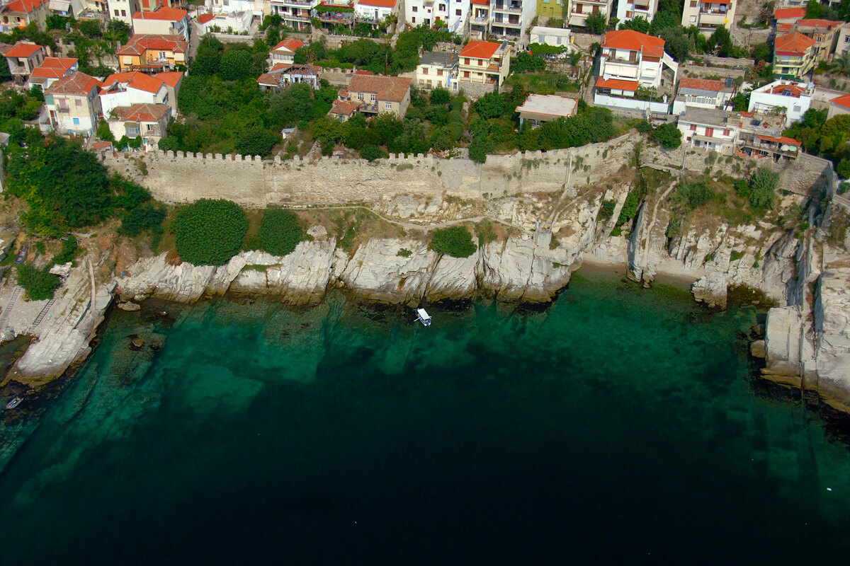 The rocks at Panagia area - Photo by Artware