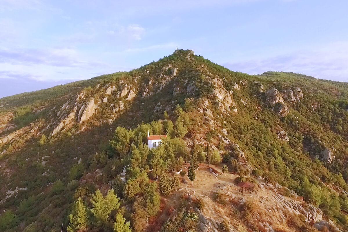 Agios Panteleimon - Foto von Tetracopterakias